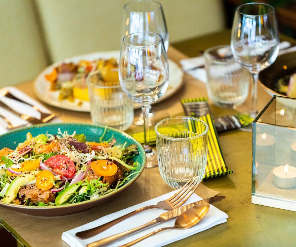 -blotti-restaurant-rouen-14-intérieur-table-960×800